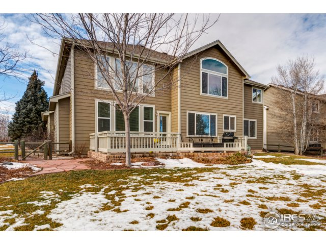 32 – 5418 White Willow