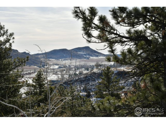 40 – 4841 Deer Trail