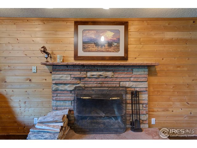 15-3301 Cottonwood Ln