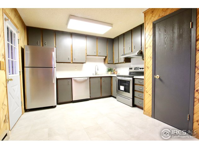 12-925 Columbia Rd