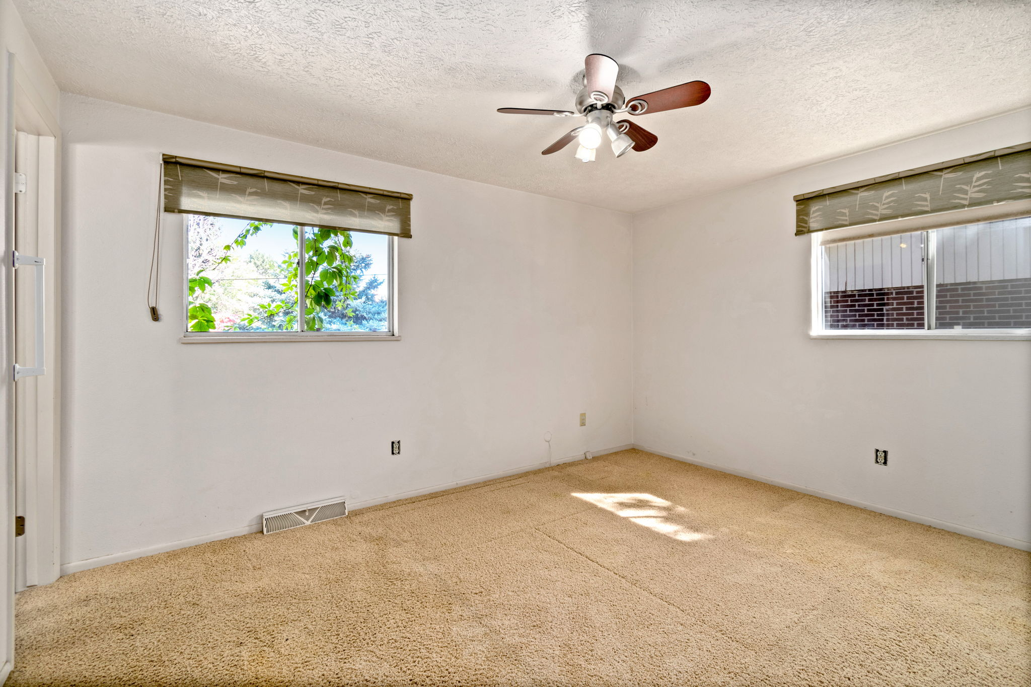 2218 Cameo Ave 11