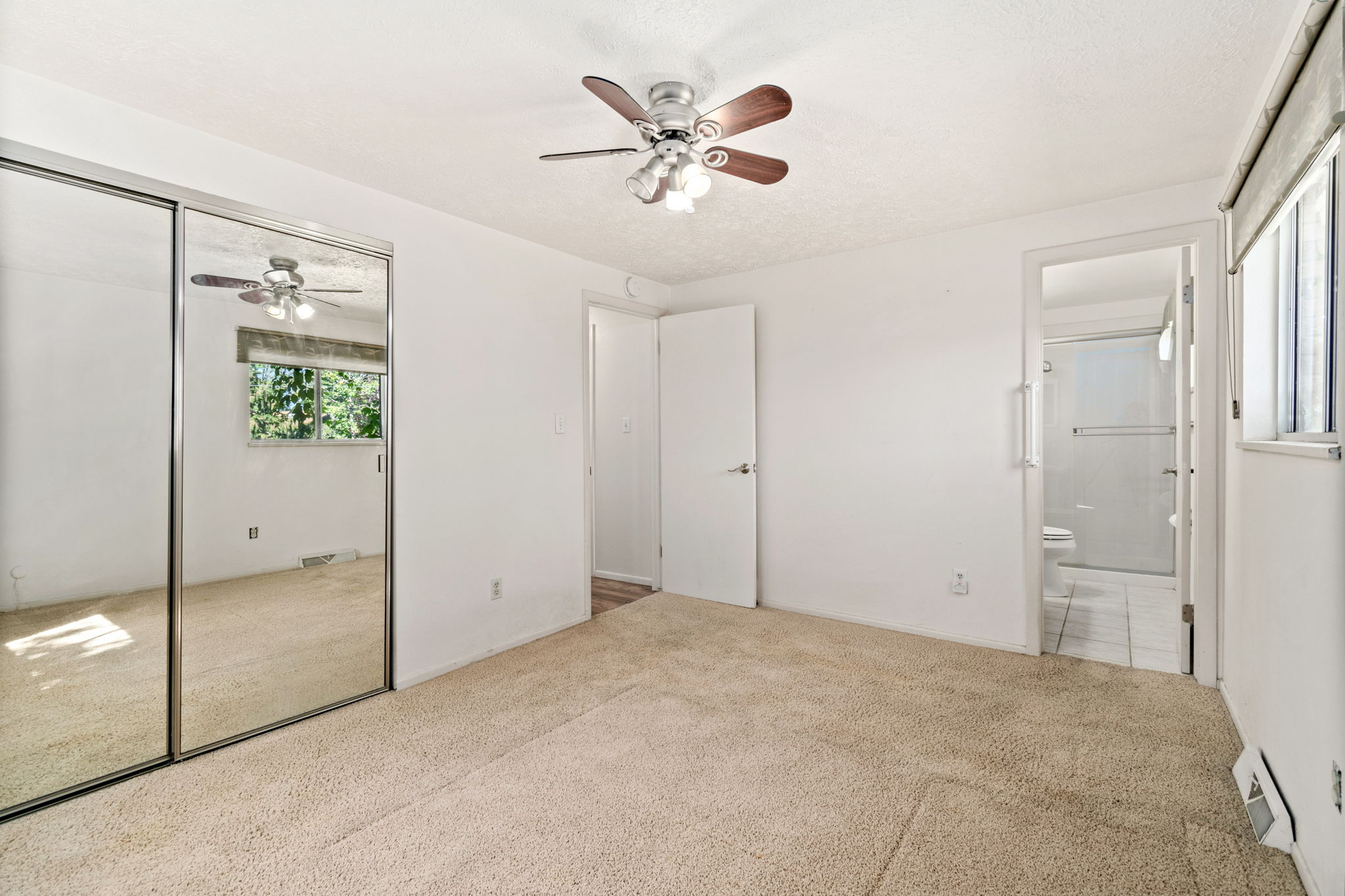 2218 Cameo Ave 12